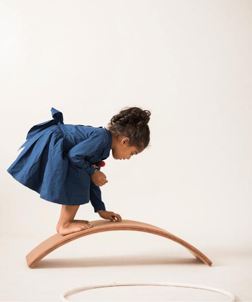 bloon-toys-curvy-board-02