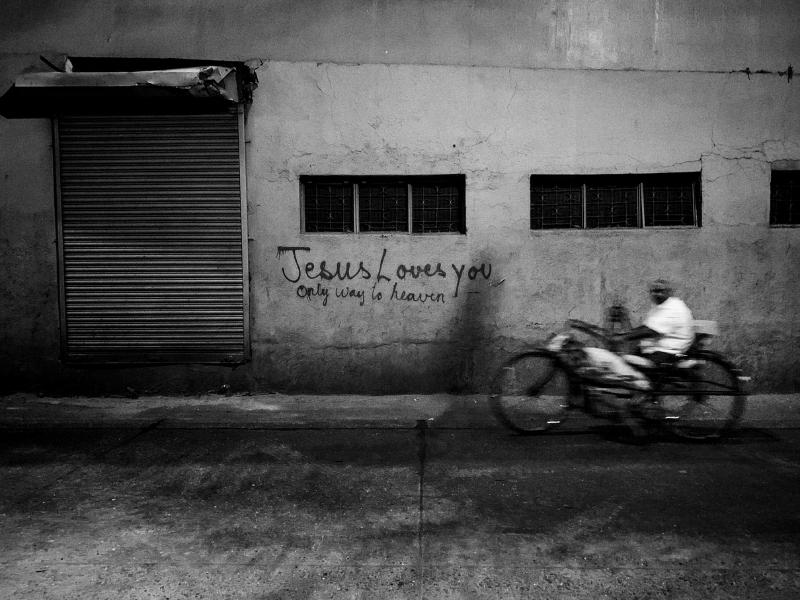 cycling-byculla-bridge-zahra-amiruddin