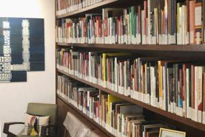 further-reading-tarq-bookshelf